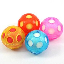 Świecąca piłka z gąbką